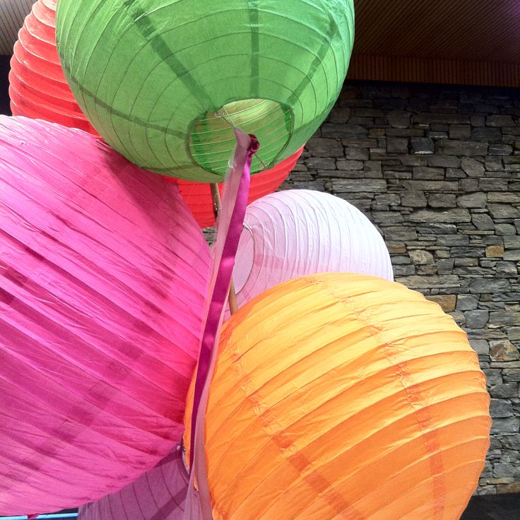 Party time at Peak Functions, Wanaka with bright colours on show using @FantailProd's gorgeous chinese lanterns as table centre pieces... so clever!