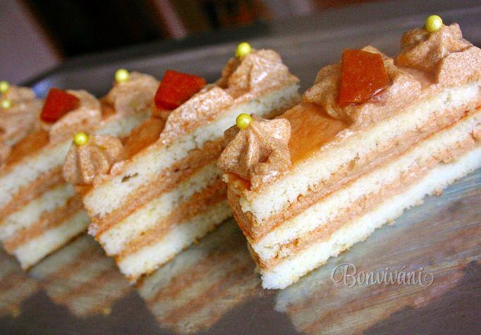 Bielkové rezy s karamelovým krémom • recept • bonvivani.sk