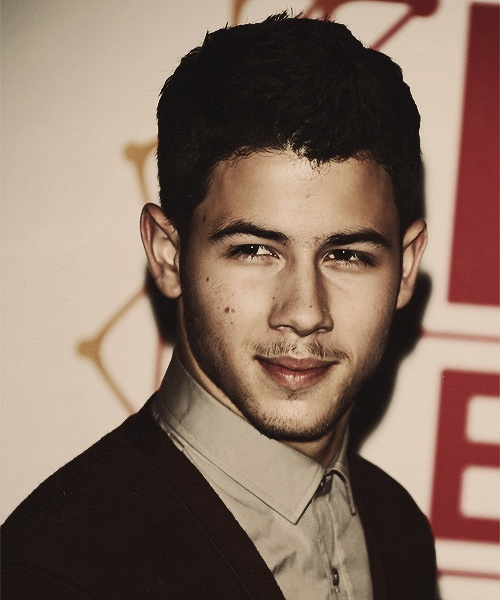 Nick jonas facial hair