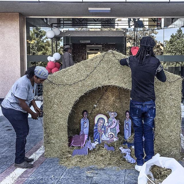 Merry Ethiopian Christmas from around Bole Photo by Maheder Tadese @maile_tadese #MaileTadese #ethiopianchristmas #christmas #AddisAbaba #Ethiopia #everydayhornofafrica #everydayafrica #everydayeverywhere #everydayaddis