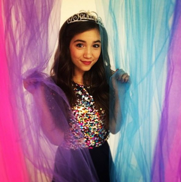 Rowan Blanchard is beautiful! I love GMW!!! ^_^ Follow Jeyna Gonzales!