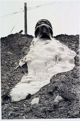 Robert Smithson, Glue Pour. 1970.