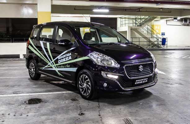 Suzuki sekarang menyertakan varian baru Ertiga. Bersama nama komplit Ertiga Dreza, beliau adalah yg termewah dibanding varian yang lain