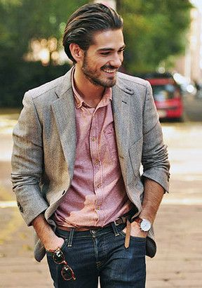 グレージャケット×ピンクシャツ。40代アラフォーメンズにおすすめのスーツコーデ。