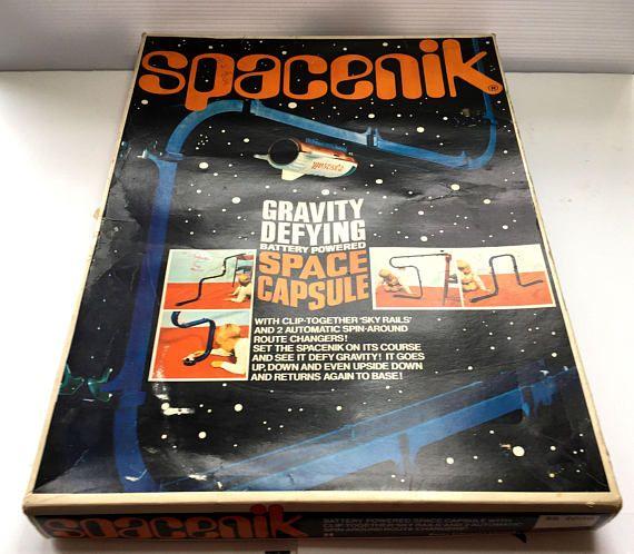 Highly Collectible 1968 SPACENIK Rocket Game TOMY Vintage