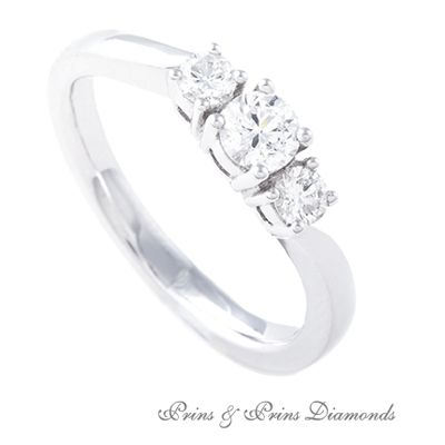 Trilogy ring with 3 = 0.230ct GH/VS – SI round brilliant cut diamonds set in 18k white gold