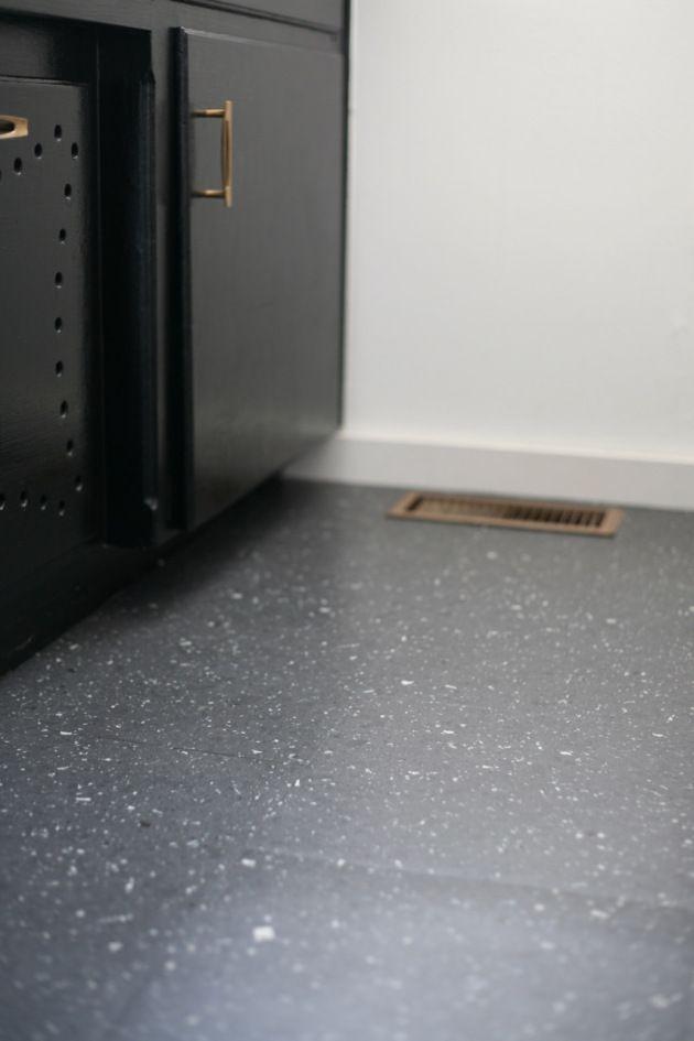 Modern Peel And Stick Bathroom Floors