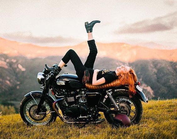 5 Types of Women that Ride Motorcycles (Infographic)