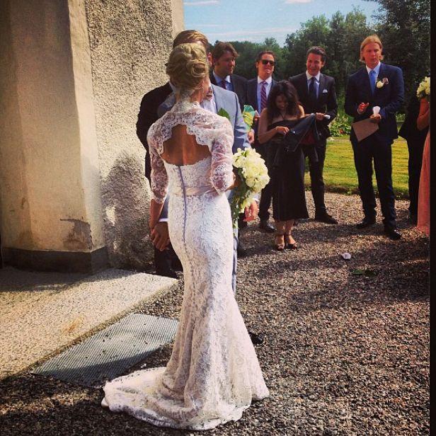 #lace #weddingdress #vintage #elegant