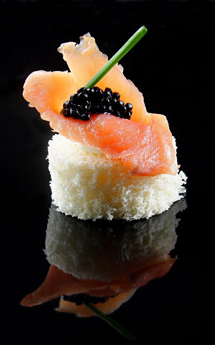 ¿Conoces nuestro servicio de catering para eventos? Con Hiberus Gourmet Catering podrás sorprender a tus clientes con la mejor gastronomía en el espacio que desees.