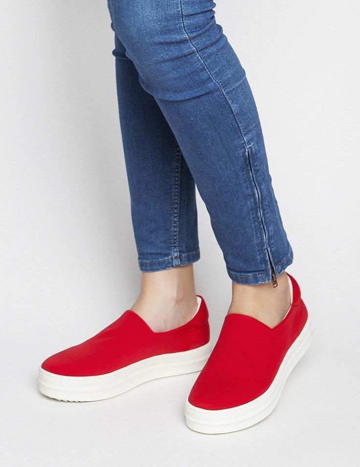 Spring Summer New Collection - Andie Red #keepfred #fred #sneakers #shoes #outfit #style #fashion #new #collection #spring #colors #women #casual #active #sport #look #slipon #red #white