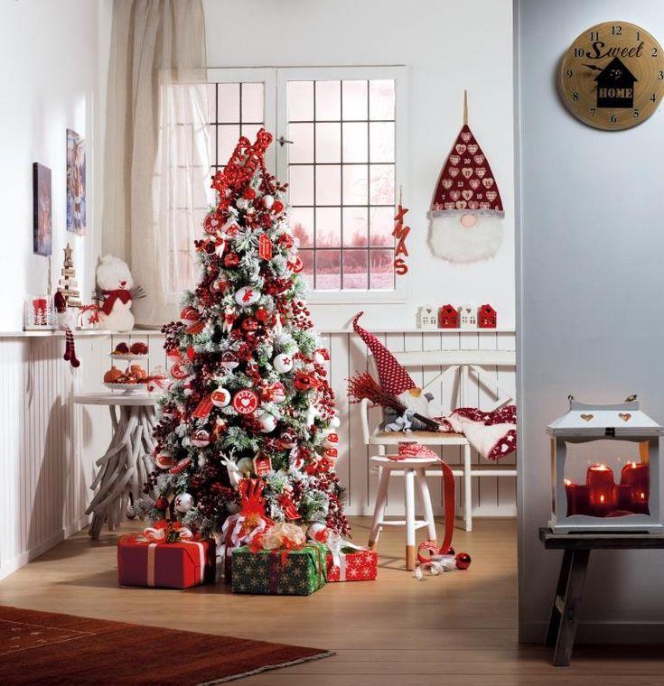 Bianco e rosso, per un albero di Natale allegro e moderno