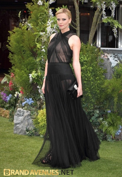 Charlize Theron at the premiere of Snow White and the Huntsman