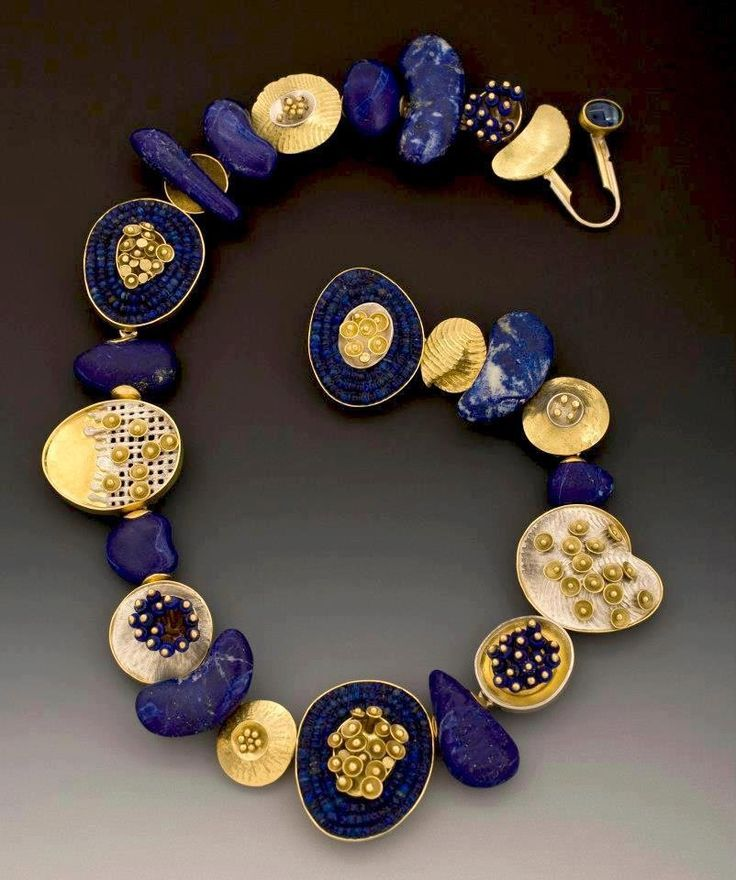 Jeff and Susan Wise : 'Aztec Lilly Pads', carved lapis beads, sterling, 18K & 22K gold | Photography by Scott DW Smith