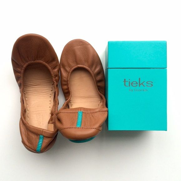 Tieks Chestnut Brown Ballet Flats These flats have only been worn once indoors. Very light wear on the bottom, but practically new. Comes with original box and black carrying case. Tieks Shoes Flats & Loafers