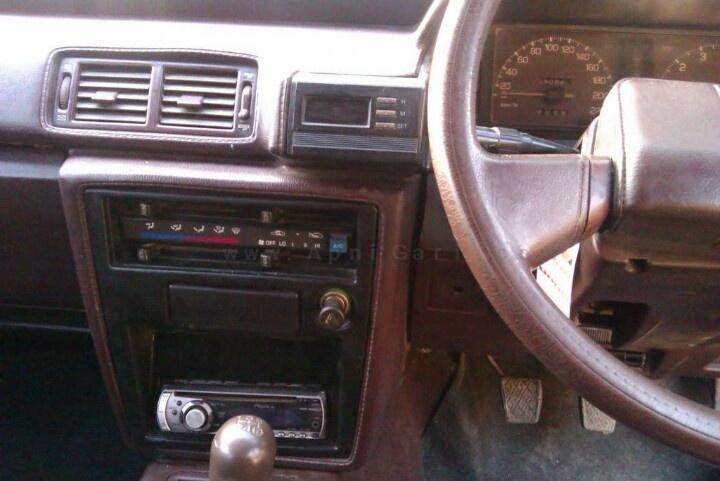 1986 toyota cressida interior old cars and trucks. Black Bedroom Furniture Sets. Home Design Ideas