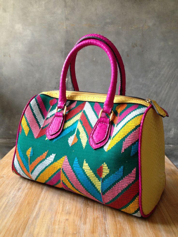 Tenun NTT bag my first bag handmade #indonesia
