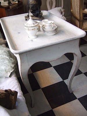 vintage tea table & retro-checked floor