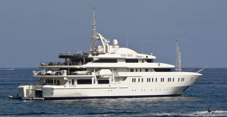 QUEEN MIRI (ex: Delma) | Luxury Yacht Charters