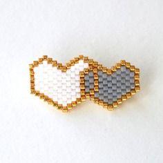 Broche 2 coeurs en perles miyuki ★ blanc gris doré