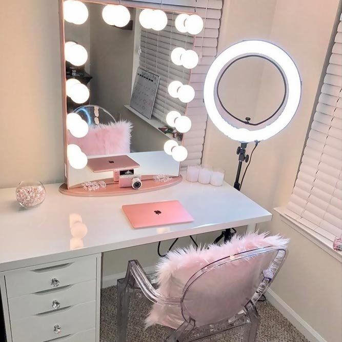 Vanity Desk With Mirror And Lights Http Www Otoseriilan Com In 2020 Glam Room Room Makeover Vanity Room