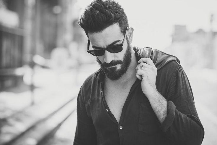 """Voici notre troisième article sur se laisser pousser la barbe. Après avoir vu """"tout ce qu'il faut savoir sur une croissance optimale"""" et """"tout ce qu'il faut savoir avant de se laisser pousser la barbe"""", on va maintenant voir comment faire se faire pousser la barbe dans des conditions"""