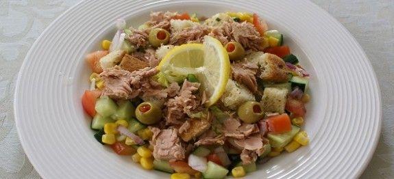 Insalata di tonno e cetrioli | Ricette Diete, Leggere, Ricette Estive e Dietetiche