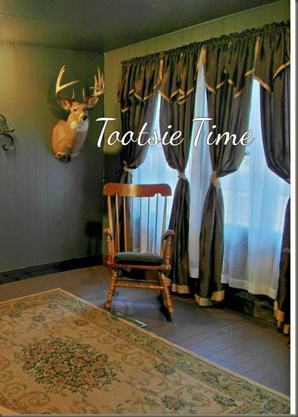 http://www.tootsietime.com/2013/11/if-walls-of-this-old-house-could-tell_18.html