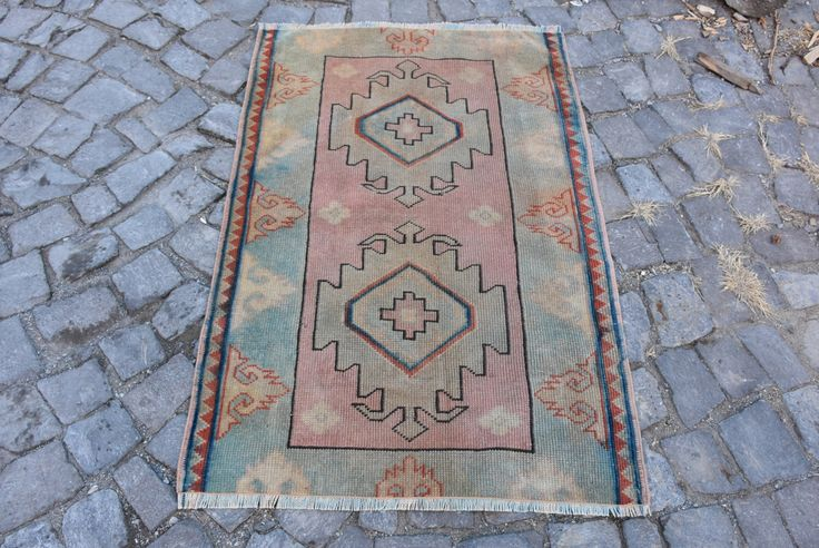 Free Shipping! 2.7 ft x 4 ft Pale Rug Faded Colors Vintage Turkish Rug Small Size Turkish Carpet Anatolian Rug Handknotted Rug Boho Rug by VintageDecoRugs on Etsy https://www.etsy.com/listing/484290594/free-shipping-27-ft-x-4-ft-pale-rug