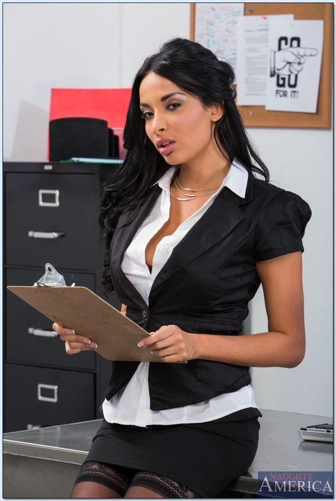 Aletta ocean секретарша
