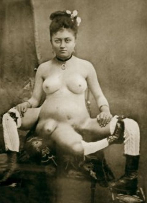 Incredible Photos of the Real People Who Inspired American Horror Story: Freak Show | moviepilot.com