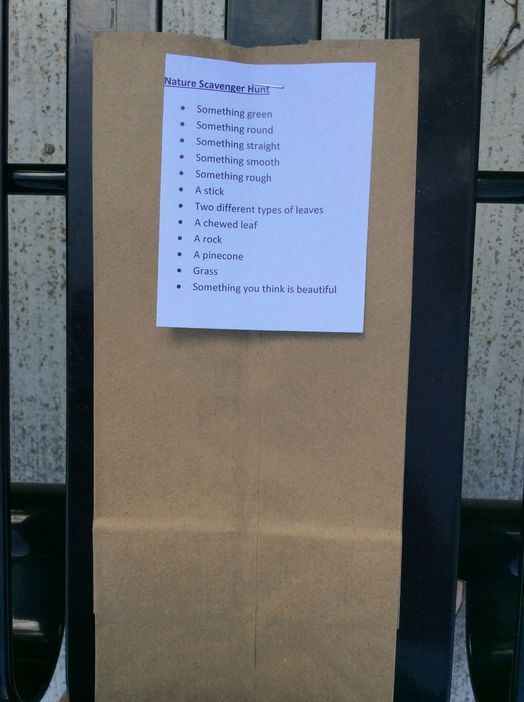 Nature Scavenger hunt bags from our Outdoor Play workshop!