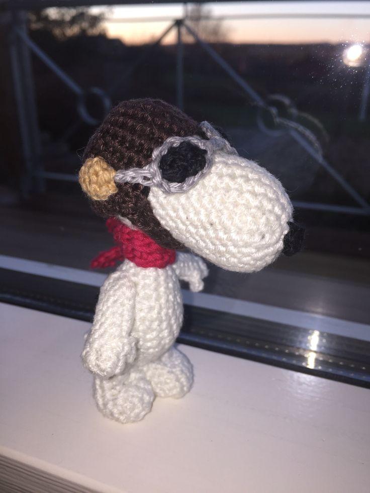 "#Snoopy  #crochet - #RedBaron.. ""ready to take off"""