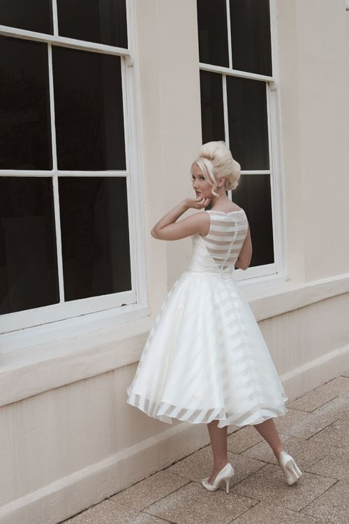 best 25 striped wedding dresses ideas only on pinterest yolan cris wedding gowns wedding color dresses and striped ball dresses