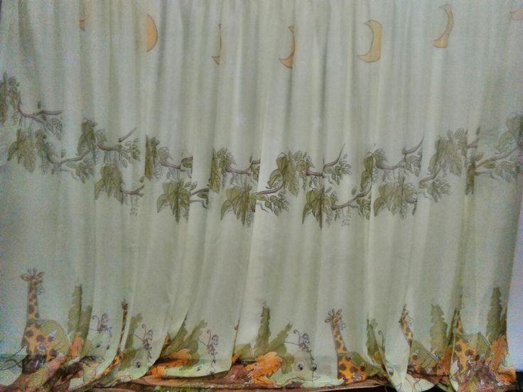 """vk.com:shtorikrasotavdom. Тюль в детскую комнату """"Мадагаскар"""". 1 пол. Ширина 5м., высота 2,6м. Цена со скидкой 4700 руб."""