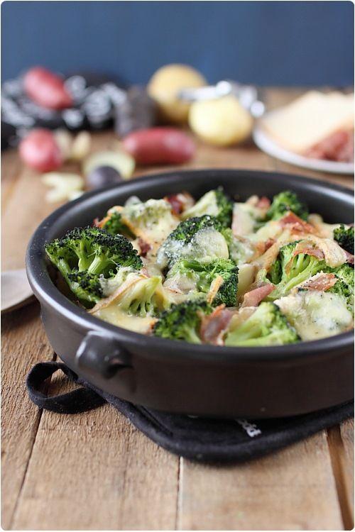 Gratin de pommes de terre et brocolis à la raclette