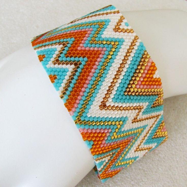 Sommer-abstrakt-Peyote-Manschette / Peyote Armband (2476) - eine Bestellung Sand Fibers-Schöpfung von SandFibers auf Etsy https://www.etsy.com/de/listing/44170647/sommer-abstrakt-peyote-manschette-peyote