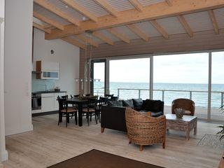 Strandlounge 1 in Dänisch-Nienhof: 2 Schlafzimmer, für bis zu 4 Personen. Luxus Apartment direkt auf dem Sandstrand 5 *****   FeWo-direkt
