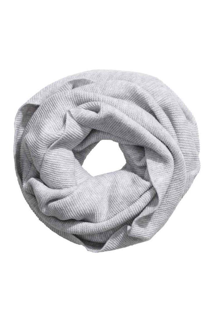 Pletená kruhová šála - Světle šedý melír - | H&M CZ