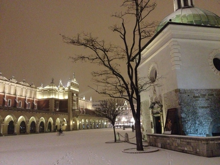 Central square snowing