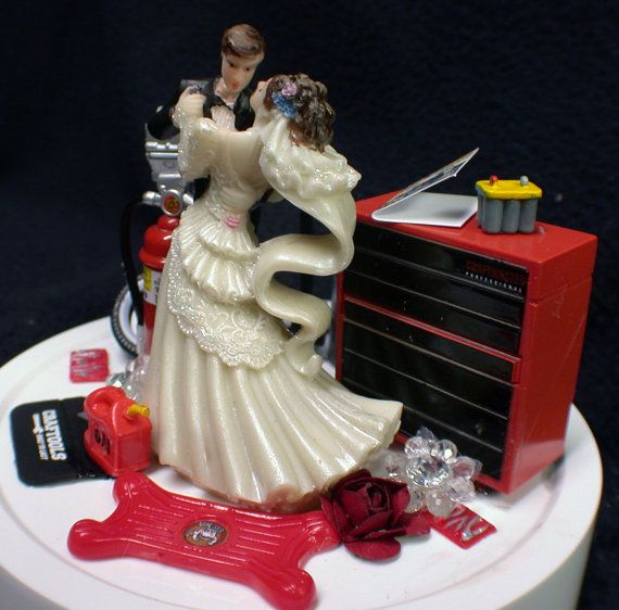 11 best Cakes & cake toppers images on Pinterest | Wedding cake ...