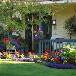 Colorful Flowers Landscaping Ideas For Ranch House Style Homes Front Yard In