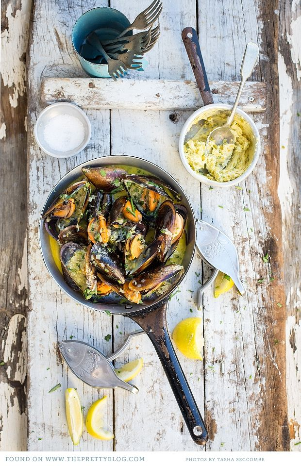 Enjoy these mussels with Café de Paris Butter with a glass of Balboa Roussanne!