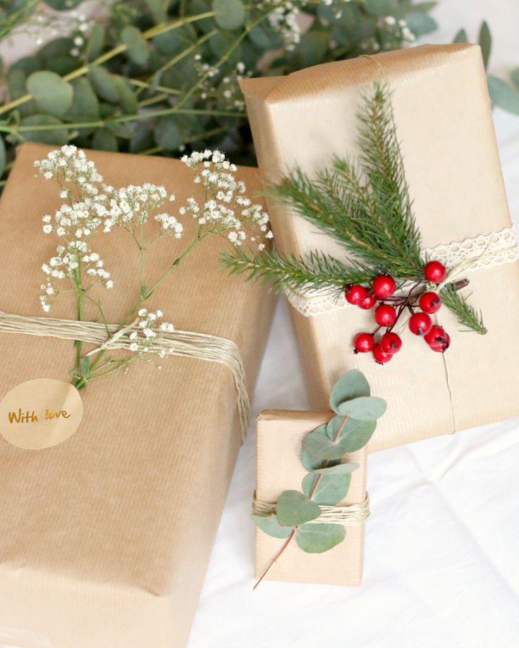 christmas gift wrapping - 1
