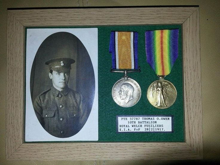 Pte 37787 Thomas Oliver Owen from Egwylsbach, Conwy Valley. He was a nursery gardener at Bodnant Gardens..jpg
