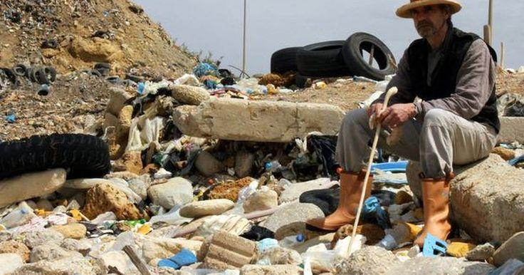 Filme 'Trashed', com Jeremy Irons, debate a produção mundial de lixo