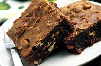Sophie Grigson's chocolate and pecan brownies