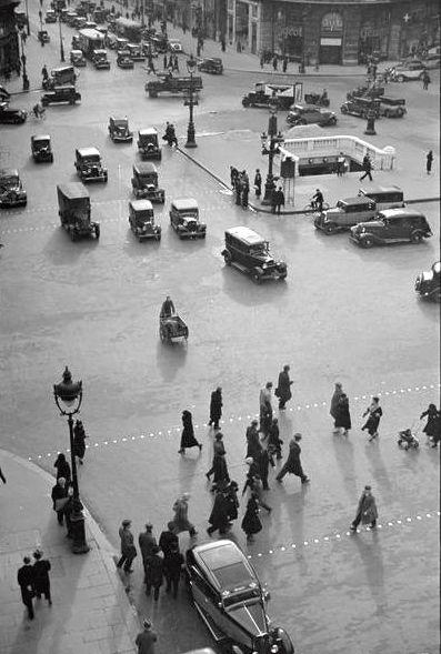 André Kertész - Place de l'opera Paris. °