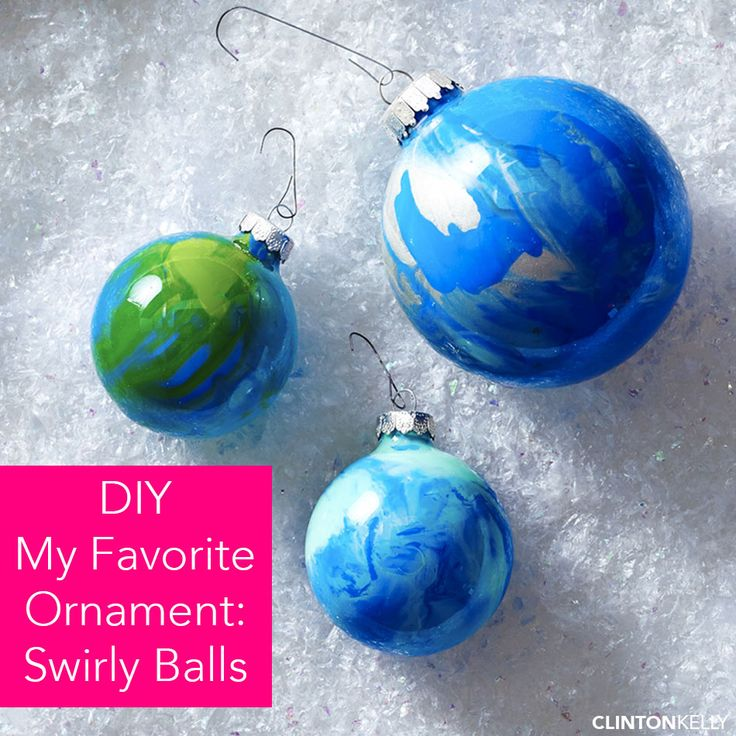 DIY these fun and easy swirly baubles to dress your tree this holiday season!