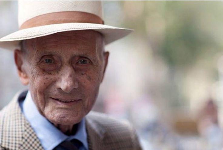 """""""Cel mai important organ sexual este creierul"""". 45 de lecții de viață de la un bătrân de 90 de ani – Romania Star"""